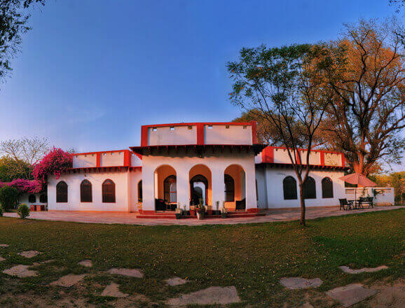 Chambal Safari Lodge